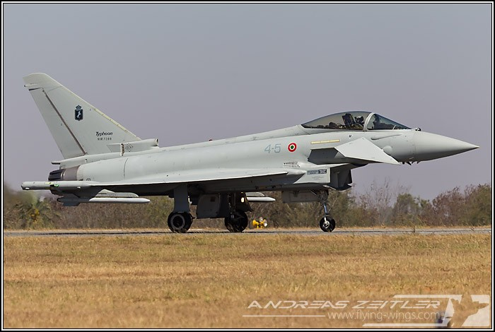 AI2011 Eurofighter 8030 700 470 90