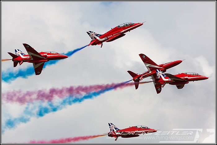 Red Arrows 6433 Zeitler 700 470 90