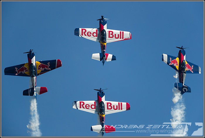 0SIAF 2016 Red Bull Team 0830 Zeitler 700 470 90