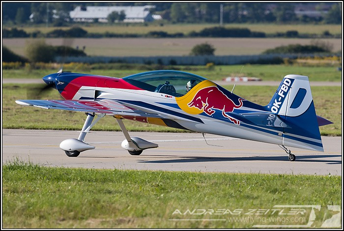 SIAF 2016 Red Bull Team 0291 Zeitler 700 470 90