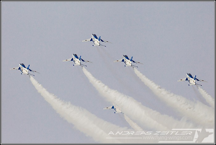 Tsuiki JASDF F 2  Blue Impulse 9974 Zeitler 700 470 90
