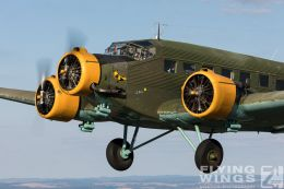 http://www.flying-wings.com/plugins/content/sige/plugin_sige/showthumb.php?img=/images//galleries/18_Ju-52/2/Pilsen_Ju-52_air-air-8846_Zeitler.jpg&width=260&height=300&quality=80&ratio=1&crop=0&crop_factor=50&thumbdetail=0