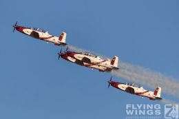 http://www.flying-wings.com/plugins/content/sige/plugin_sige/showthumb.php?img=/images/airshows/18_Hatzerim/efroni/Israel_Display_Team-7480_Zeitler.jpg&width=260&height=300&quality=80&ratio=1&crop=0&crop_factor=50&thumbdetail=0