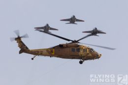 http://www.flying-wings.com/plugins/content/sige/plugin_sige/showthumb.php?img=/images/airshows/18_Hatzerim/formations/Israel_Helicopter-0642_Zeitler.jpg&width=260&height=300&quality=80&ratio=1&crop=0&crop_factor=50&thumbdetail=0