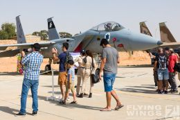 http://www.flying-wings.com/plugins/content/sige/plugin_sige/showthumb.php?img=/images/airshows/18_Hatzerim/so2/Israel_Static-0597_Zeitler.jpg&width=260&height=300&quality=80&ratio=1&crop=0&crop_factor=50&thumbdetail=0