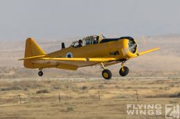 http://www.flying-wings.com/plugins/content/sige/plugin_sige/showthumb.php?img=/images/airshows/18_Hatzerim/warbirds/Israel_T-6-7276_Zeitler.jpg&width=260&height=300&quality=80&ratio=1&crop=0&crop_factor=50&thumbdetail=0