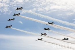 http://www.flying-wings.com/plugins/content/sige/plugin_sige/showthumb.php?img=/images/airshows/18_Houston/Tora_6/Houston_Airshow_Tora-1509_Zeitler.jpg&width=260&height=300&quality=80&ratio=1&crop=0&crop_factor=50&thumbdetail=0