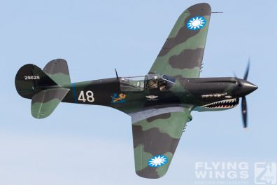 http://www.flying-wings.com/plugins/content/sige/plugin_sige/showthumb.php?img=/images/airshows/18_Houston/Warbirds_4/Houston_Airshow_P-40-3945_Zeitler.jpg&width=396&height=300&quality=80&ratio=1&crop=0&crop_factor=50&thumbdetail=0