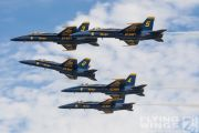 http://www.flying-wings.com/plugins/content/sige/plugin_sige/showthumb.php?img=/images/airshows/18_Houston/gallery/Houston_Airshow_Blue_Angels-1821_Zeitler.jpg&width=180&height=200&quality=80&ratio=1&crop=0&crop_factor=50&thumbdetail=0