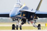 http://www.flying-wings.com/plugins/content/sige/plugin_sige/showthumb.php?img=/images/airshows/18_Houston/gallery/Houston_Airshow_Blue_Angels_ground-3043_Zeitler.jpg&width=180&height=200&quality=80&ratio=1&crop=0&crop_factor=50&thumbdetail=0