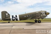 http://www.flying-wings.com/plugins/content/sige/plugin_sige/showthumb.php?img=/images/airshows/18_Houston/gallery/Houston_Airshow_C-47-3617_Zeitler.jpg&width=180&height=200&quality=80&ratio=1&crop=0&crop_factor=50&thumbdetail=0