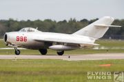 http://www.flying-wings.com/plugins/content/sige/plugin_sige/showthumb.php?img=/images/airshows/18_Houston/gallery/Houston_Airshow_MiG-15-3989_Zeitler.jpg&width=180&height=200&quality=80&ratio=1&crop=0&crop_factor=50&thumbdetail=0