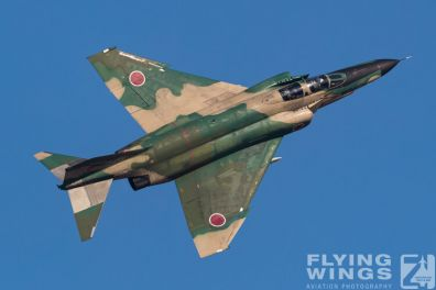 http://www.flying-wings.com/plugins/content/sige/plugin_sige/showthumb.php?img=/images/airshows/18_Hyakuri/f-4display_2/Hyakuri_Airshow_RF-4E-9354_Zeitler.jpg&width=396&height=300&quality=80&ratio=1&crop=0&crop_factor=50&thumbdetail=0