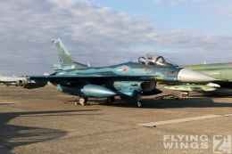 http://www.flying-wings.com/plugins/content/sige/plugin_sige/showthumb.php?img=/images/airshows/18_Hyakuri/gallery/Hyakuri_Airshow_static-9538_Zeitler.jpg&width=260&height=400&quality=80&ratio=1&crop=0&crop_factor=50&thumbdetail=0