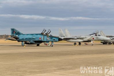 http://www.flying-wings.com/plugins/content/sige/plugin_sige/showthumb.php?img=/images/airshows/18_Hyakuri/intro_2/Hyakuri_Airshow_RF-4E-9513_Zeitler.jpg&width=396&height=300&quality=80&ratio=1&crop=0&crop_factor=50&thumbdetail=0