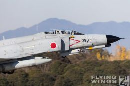 http://www.flying-wings.com/plugins/content/sige/plugin_sige/showthumb.php?img=/images/airshows/18_Japan/1/Hyakuri_301-6543_Zeitler.jpg&width=260&height=300&quality=80&ratio=1&crop=0&crop_factor=50&thumbdetail=0