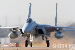 http://www.flying-wings.com/plugins/content/sige/plugin_sige/showthumb.php?img=/images/airshows/18_Japan/11/Komatsu_F-15-3856_Zeitler.jpg&width=260&height=300&quality=80&ratio=1&crop=0&crop_factor=50&thumbdetail=0