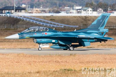 http://www.flying-wings.com/plugins/content/sige/plugin_sige/showthumb.php?img=/images/airshows/18_Japan/16/Matsushima_F-2B-4560_Zeitler.jpg&width=396&height=300&quality=80&ratio=1&crop=0&crop_factor=50&thumbdetail=0