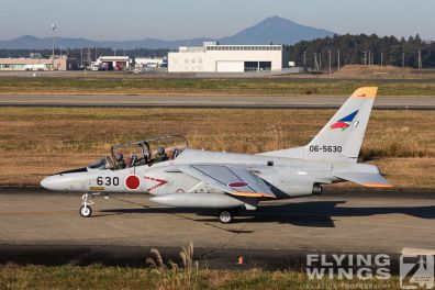 http://www.flying-wings.com/plugins/content/sige/plugin_sige/showthumb.php?img=/images/airshows/18_Japan/2/Hyakuri_T-4-2811_Zeitler.jpg&width=396&height=300&quality=80&ratio=1&crop=0&crop_factor=50&thumbdetail=0