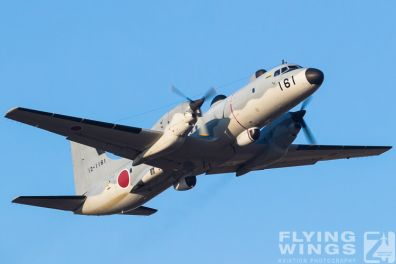 http://www.flying-wings.com/plugins/content/sige/plugin_sige/showthumb.php?img=/images/airshows/18_Japan/5/Iruma_YS-11-7784_Zeitler.jpg&width=396&height=300&quality=80&ratio=1&crop=0&crop_factor=50&thumbdetail=0