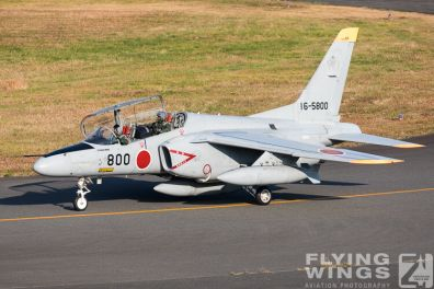 http://www.flying-wings.com/plugins/content/sige/plugin_sige/showthumb.php?img=/images/airshows/18_Japan/6/Iruma_T-4-3443_Zeitler.jpg&width=396&height=300&quality=80&ratio=1&crop=0&crop_factor=50&thumbdetail=0