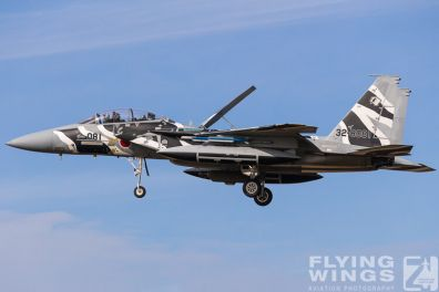 http://www.flying-wings.com/plugins/content/sige/plugin_sige/showthumb.php?img=/images/airshows/18_Japan/summary/Komatsu_Aggressors-8007_Zeitler.jpg&width=396&height=300&quality=80&ratio=1&crop=0&crop_factor=50&thumbdetail=0