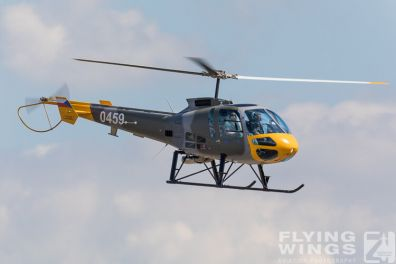 http://www.flying-wings.com/plugins/content/sige/plugin_sige/showthumb.php?img=/images/airshows/18_Pilsen/helis_4/Pilsen_Helicopters-8350_Zeitler.jpg&width=396&height=300&quality=80&ratio=1&crop=0&crop_factor=50&thumbdetail=0