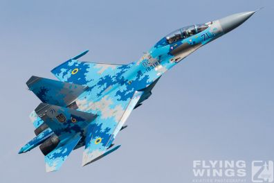 http://www.flying-wings.com/plugins/content/sige/plugin_sige/showthumb.php?img=/images/airshows/18_Radom/Flanker_4/Radom_Su-27-6795_Zeitler.jpg&width=396&height=300&quality=80&ratio=1&crop=0&crop_factor=50&thumbdetail=0