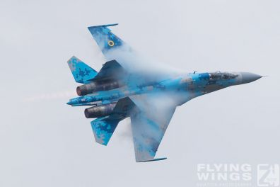 http://www.flying-wings.com/plugins/content/sige/plugin_sige/showthumb.php?img=/images/airshows/18_Radom/Flanker_4/Radom_Su-27-7363_Zeitler.jpg&width=396&height=300&quality=80&ratio=1&crop=0&crop_factor=50&thumbdetail=0