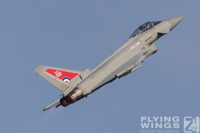 http://www.flying-wings.com/plugins/content/sige/plugin_sige/showthumb.php?img=/images/airshows/18_Radom/review_6/Radom_Typhoon_RAF-6970_Zeitler.jpg&width=396&height=300&quality=80&ratio=1&crop=0&crop_factor=50&thumbdetail=0