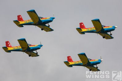 http://www.flying-wings.com/plugins/content/sige/plugin_sige/showthumb.php?img=/images/airshows/18_bias/Aeroclub2//BIAS_Aeroclub-5748_Zeitler.jpg&width=396&height=300&quality=80&ratio=1&crop=0&crop_factor=50&thumbdetail=0
