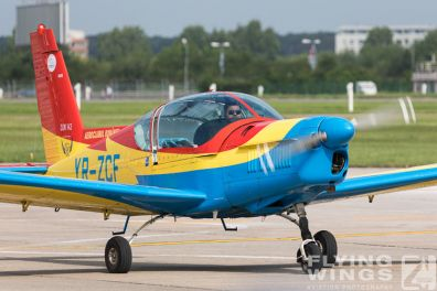 http://www.flying-wings.com/plugins/content/sige/plugin_sige/showthumb.php?img=/images/airshows/18_bias/Aeroclub2//BIAS_Aeroclub-5787_Zeitler.jpg&width=396&height=300&quality=80&ratio=1&crop=0&crop_factor=50&thumbdetail=0