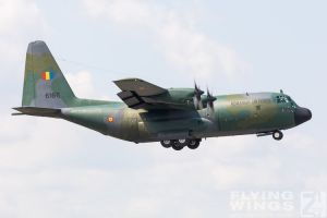 http://www.flying-wings.com/plugins/content/sige/plugin_sige/showthumb.php?img=/images/airshows/18_bias/RoAF2//BIAS_C-130-6108_Zeitler.jpg&width=396&height=300&quality=80&ratio=1&crop=0&crop_factor=50&thumbdetail=0