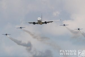 http://www.flying-wings.com/plugins/content/sige/plugin_sige/showthumb.php?img=/images/airshows/18_bias/Tarom3//BIAS_Tarom-5364_Zeitler.jpg&width=260&height=300&quality=80&ratio=1&crop=0&crop_factor=50&thumbdetail=0