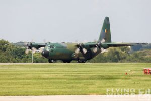 http://www.flying-wings.com/plugins/content/sige/plugin_sige/showthumb.php?img=/images/airshows/18_bias/gallery//BIAS_C-130-6200_Zeitler.jpg&width=180&height=200&quality=80&ratio=1&crop=0&crop_factor=50&thumbdetail=0