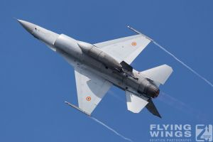 http://www.flying-wings.com/plugins/content/sige/plugin_sige/showthumb.php?img=/images/airshows/18_bias/gallery//BIAS_F-16-5460_Zeitler.jpg&width=180&height=200&quality=80&ratio=1&crop=0&crop_factor=50&thumbdetail=0