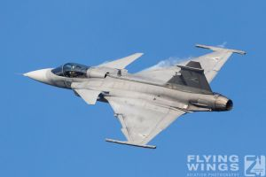 http://www.flying-wings.com/plugins/content/sige/plugin_sige/showthumb.php?img=/images/airshows/18_bias/gallery//BIAS_Gripen_HunAF-5842_Zeitler.jpg&width=180&height=200&quality=80&ratio=1&crop=0&crop_factor=50&thumbdetail=0