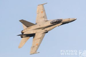 http://www.flying-wings.com/plugins/content/sige/plugin_sige/showthumb.php?img=/images/airshows/18_bias/gallery//BIAS_Hornet_SpAF-6029_Zeitler.jpg&width=180&height=200&quality=80&ratio=1&crop=0&crop_factor=50&thumbdetail=0