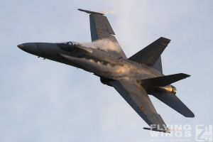 http://www.flying-wings.com/plugins/content/sige/plugin_sige/showthumb.php?img=/images/airshows/18_bias/gallery//BIAS_Hornet_SpAF-6108_Zeitler.jpg&width=180&height=200&quality=80&ratio=1&crop=0&crop_factor=50&thumbdetail=0