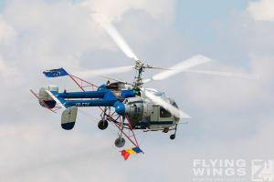 http://www.flying-wings.com/plugins/content/sige/plugin_sige/showthumb.php?img=/images/airshows/18_bias/gallery//BIAS_Ka-26-6285_Zeitler.jpg&width=180&height=200&quality=80&ratio=1&crop=0&crop_factor=50&thumbdetail=0