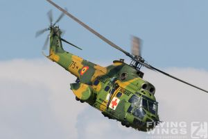 http://www.flying-wings.com/plugins/content/sige/plugin_sige/showthumb.php?img=/images/airshows/18_bias/gallery//BIAS_Puma-5563_Zeitler.jpg&width=180&height=200&quality=80&ratio=1&crop=0&crop_factor=50&thumbdetail=0