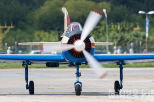 http://www.flying-wings.com/plugins/content/sige/plugin_sige/showthumb.php?img=/images/airshows/18_bias/gallery//BIAS_Yak-52-5355_Zeitler.jpg&width=180&height=200&quality=80&ratio=1&crop=0&crop_factor=50&thumbdetail=0