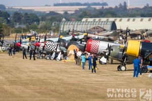 http://www.flying-wings.com/plugins/content/sige/plugin_sige/showthumb.php?img=/images/airshows/18_duxford/Bulls2//Duxford_Legends_Duxford-2135_Zeitler.jpg&width=260&height=400&quality=80&ratio=1&crop=0&crop_factor=50&thumbdetail=0