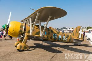 http://www.flying-wings.com/plugins/content/sige/plugin_sige/showthumb.php?img=/images/airshows/18_duxford/Gallery//Duxford_Legends_Static-1627_Zeitler.jpg&width=180&height=200&quality=80&ratio=1&crop=0&crop_factor=50&thumbdetail=0