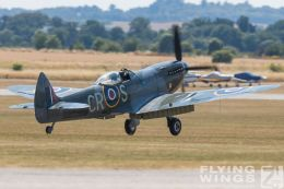 http://www.flying-wings.com/plugins/content/sige/plugin_sige/showthumb.php?img=/images/airshows/18_duxford/so23//Duxford_Legends_Spitfires-1201_Zeitler.jpg&width=260&height=300&quality=80&ratio=1&crop=0&crop_factor=50&thumbdetail=0