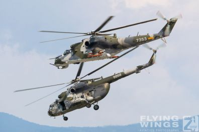 http://www.flying-wings.com/plugins/content/sige/plugin_sige/showthumb.php?img=/images/airshows/18_siaf/Czech_Heli/SIAF_Mi-24_Mi-17_Czech-8238_Zeitler.jpg&width=396&height=300&quality=80&ratio=1&crop=0&crop_factor=50&thumbdetail=0