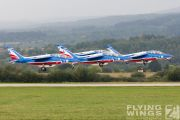 http://www.flying-wings.com/plugins/content/sige/plugin_sige/showthumb.php?img=/images/airshows/18_siaf/Gallery/SIAF_Patrouille_de_France-7944_Zeitler.jpg&width=180&height=200&quality=80&ratio=1&crop=0&crop_factor=50&thumbdetail=0