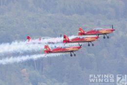 http://www.flying-wings.com/plugins/content/sige/plugin_sige/showthumb.php?img=/images/airshows/18_siaf/Teams/SIAF_Royal_Jordanian_Falcons-9689_Zeitler.jpg&width=260&height=300&quality=80&ratio=1&crop=0&crop_factor=50&thumbdetail=0
