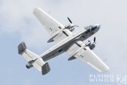 http://www.flying-wings.com/plugins/content/sige/plugin_sige/showthumb.php?img=/images/airshows/18_siaf/Warbirds/SIAF_Flying_Bulls-9340_Zeitler.jpg&width=260&height=300&quality=80&ratio=1&crop=0&crop_factor=50&thumbdetail=0