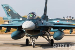 http://www.flying-wings.com/plugins/content/sige/plugin_sige/showthumb.php?img=/images/airshows/18_tsuiki/f-2duo4/Tsuiki_Airshow_F-2_Duo-2700_Zeitler.jpg&width=396&height=300&quality=80&ratio=1&crop=0&crop_factor=50&thumbdetail=0